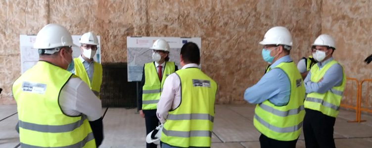 Minister Arcadi España visits the works of the underground section of Metrovalencia's Line 10